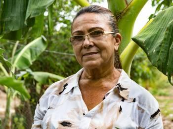 Autonomia feminina com a criação, manejo e comercialização de galinhas caipiras